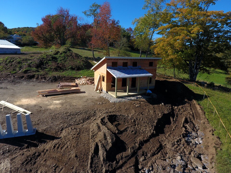 Cabin Construction - 1 of 21 (19).jpg