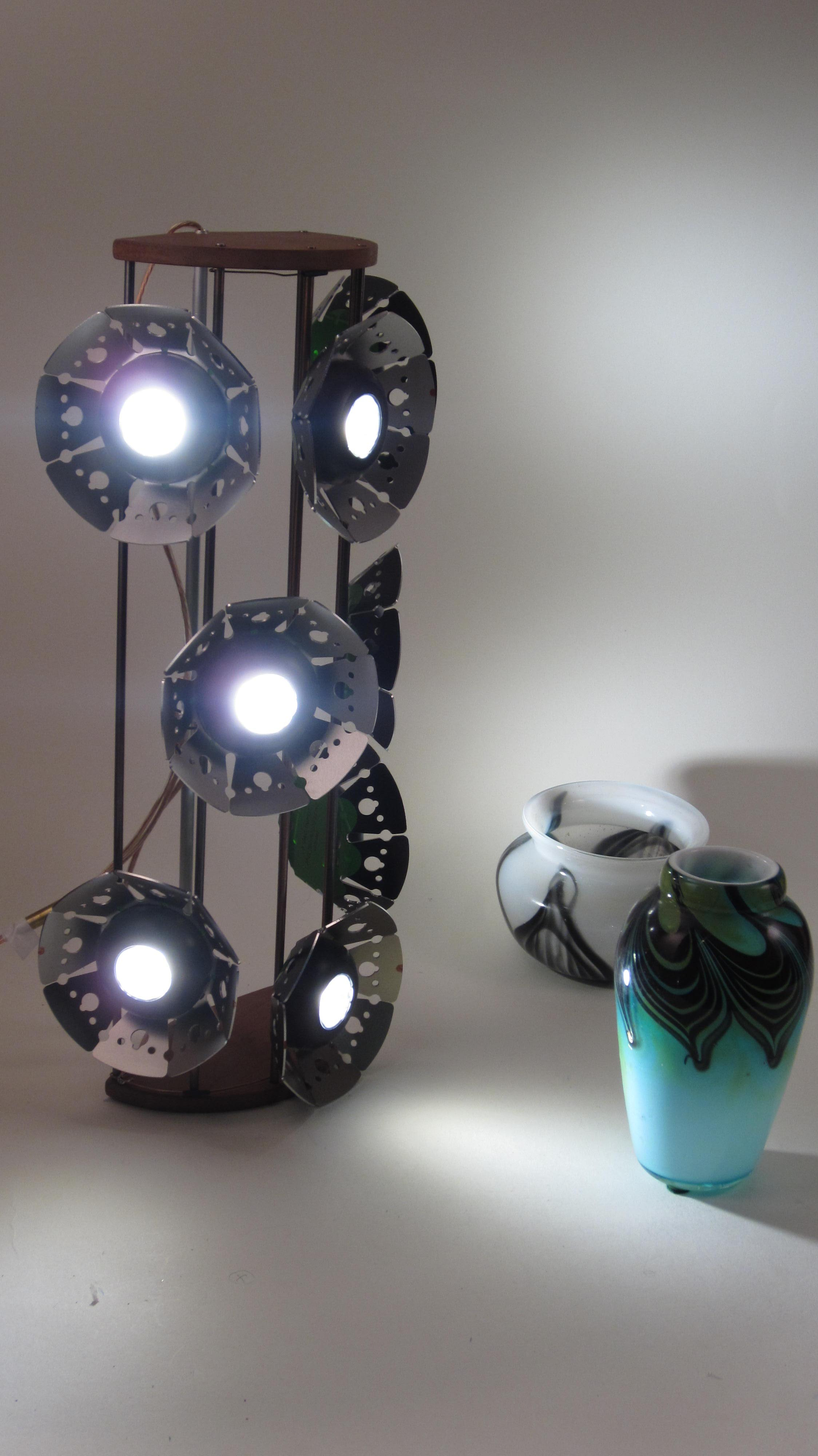 Rod fixture with LED pucks