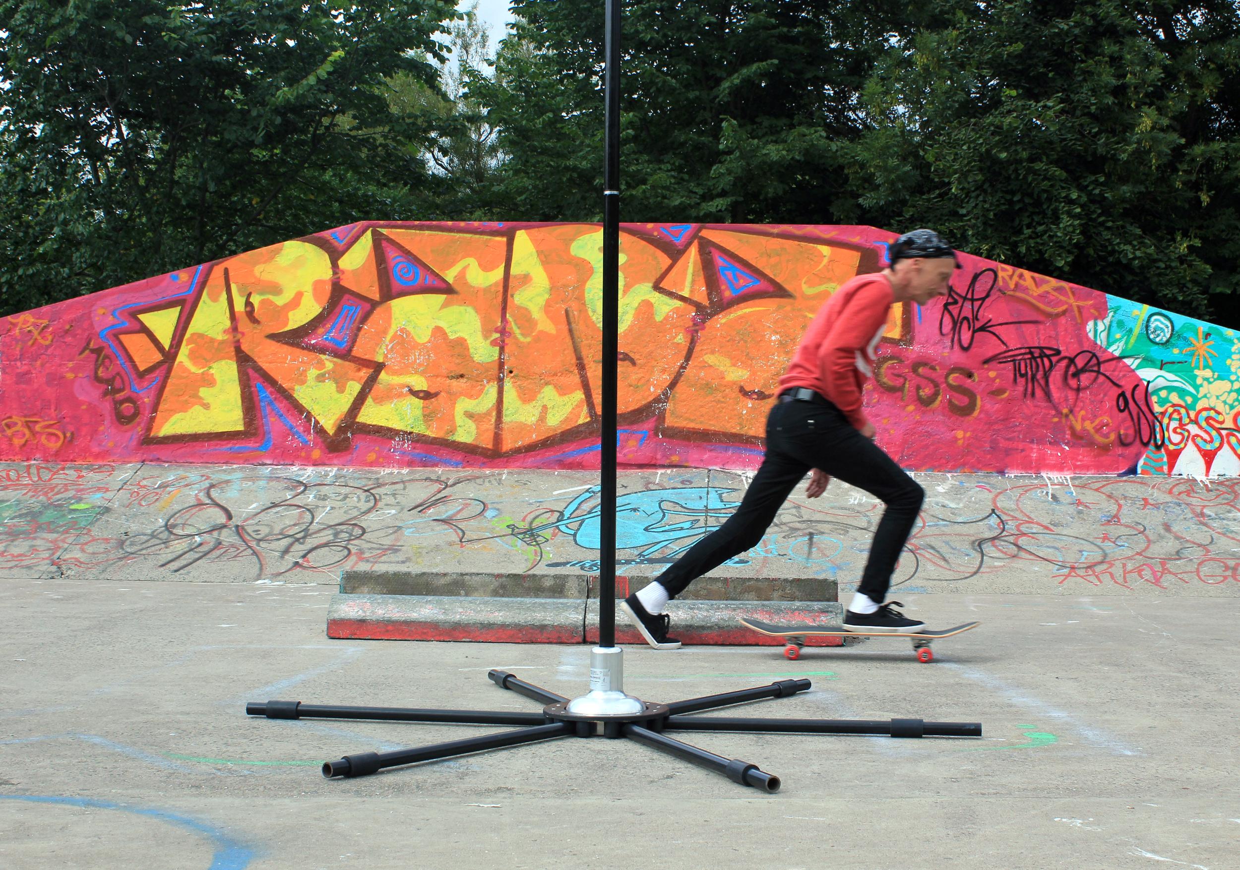 skater in kelvingrove park glasgow