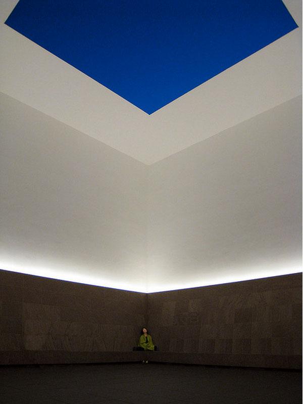 james-turrell-installation-at-chichu-art-museum-in-naoshima.jpg