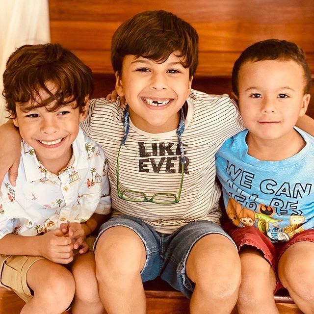 Cousins are forever friends. #family #cousinlove #sundays #myboys #allsmiles #familyiseverything #ispeakmom @mel_a_correia