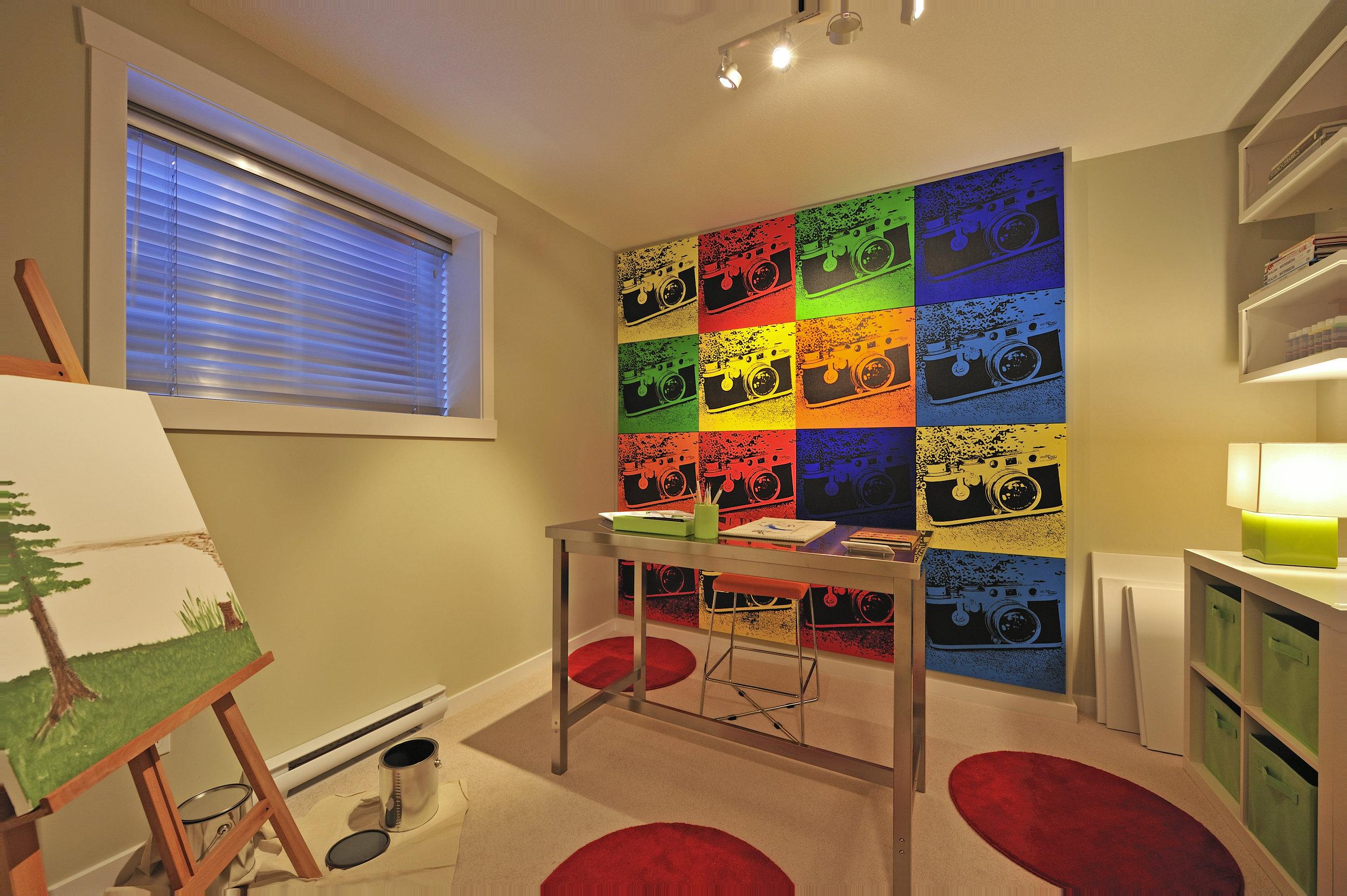 Artist's Studio-DSC3274D.jpg