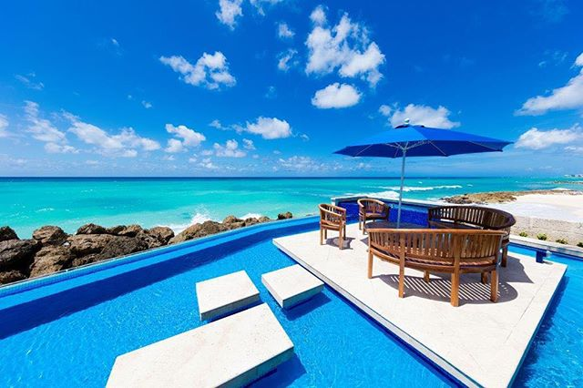 We are so exciting to be featured in @macocaribbeanliving!!! This project was just to die for and are thankful to our clients for giving us an opportunity to collaborate on their home in #Barbados 🏝 #photooftheday #views #sun #carribean #blue #oceans #outdoor #islandlife #designerlife #interiordesign #attentiontodetail