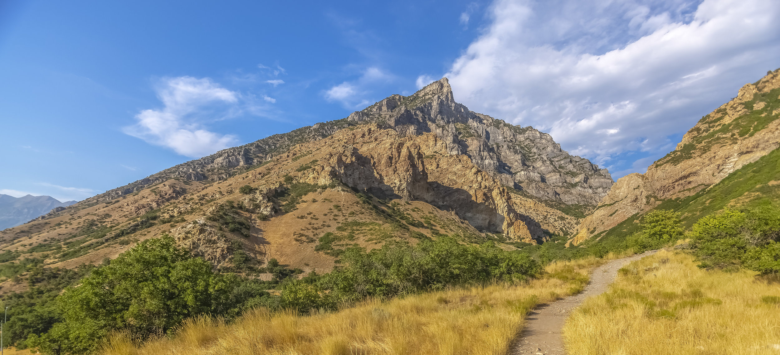 Crossing trails in Provo Canyon pano.JPG