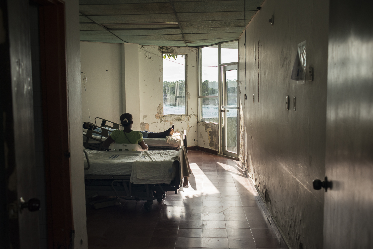 A room in the general medicine service.