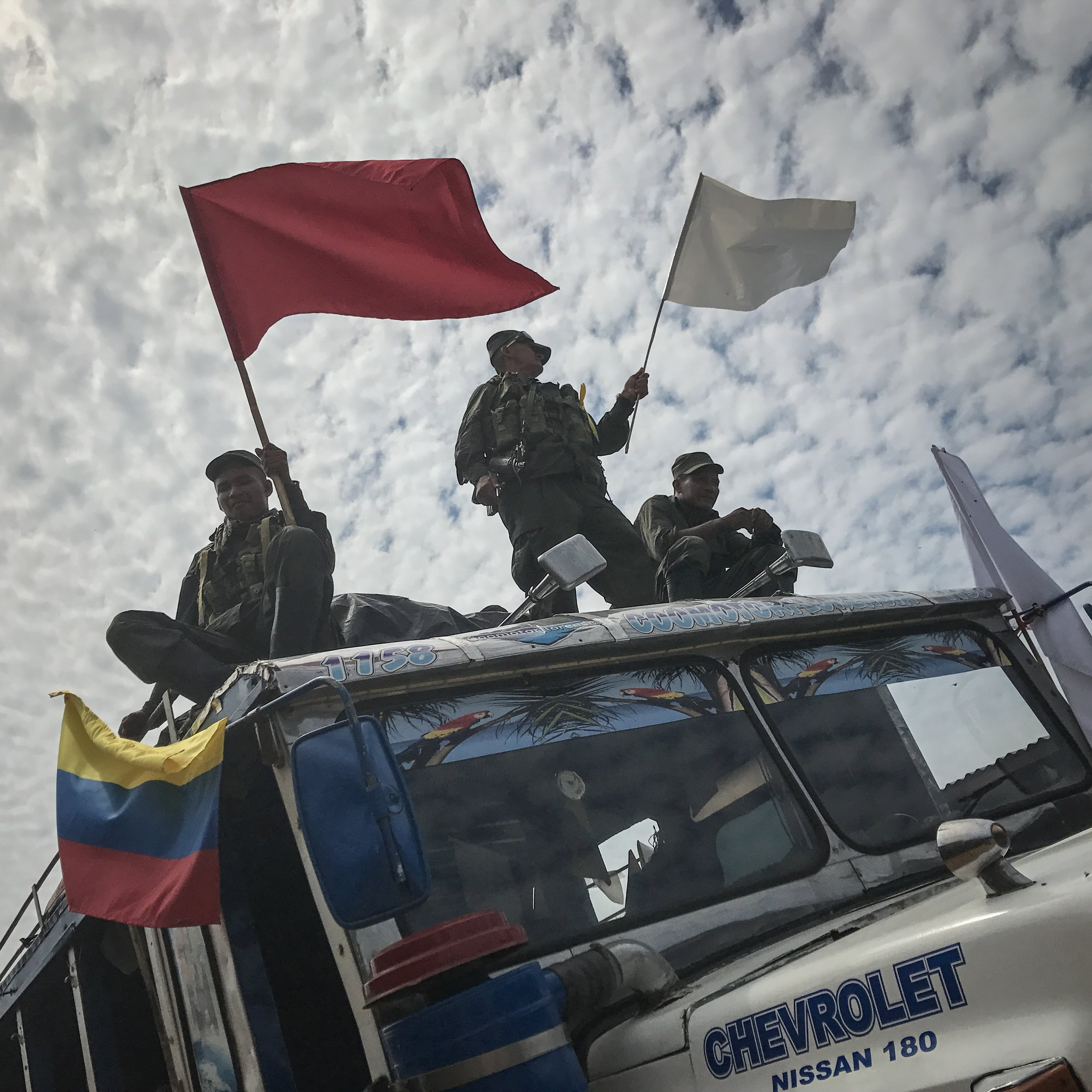 The 14th and 15th front begin the move to the zvtn Montañita. After this last movement, the 7000 FARC guerrilleros will begin their return to the social and political civil life.