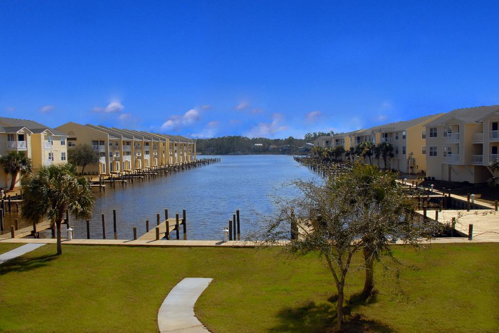 Harbor (2).jpg