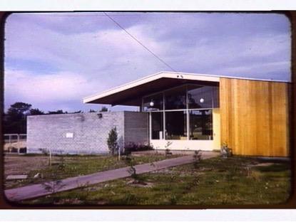 Mt Eliza Pre-school building circa 1955. Image courtesy of Niamh Hislop.