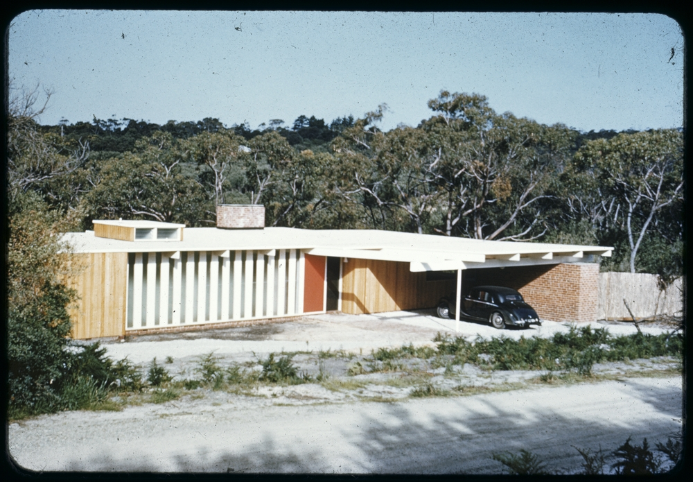 Image: digital.slv.vic.gov.au. Photographer: Peter Wille 1931 – 1971. This is one of the three Chancellor and Patrick residences that were built in Harleston Road.