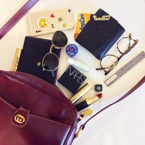 Ed's Guest Blogger: What's Inside An Editor's Purse