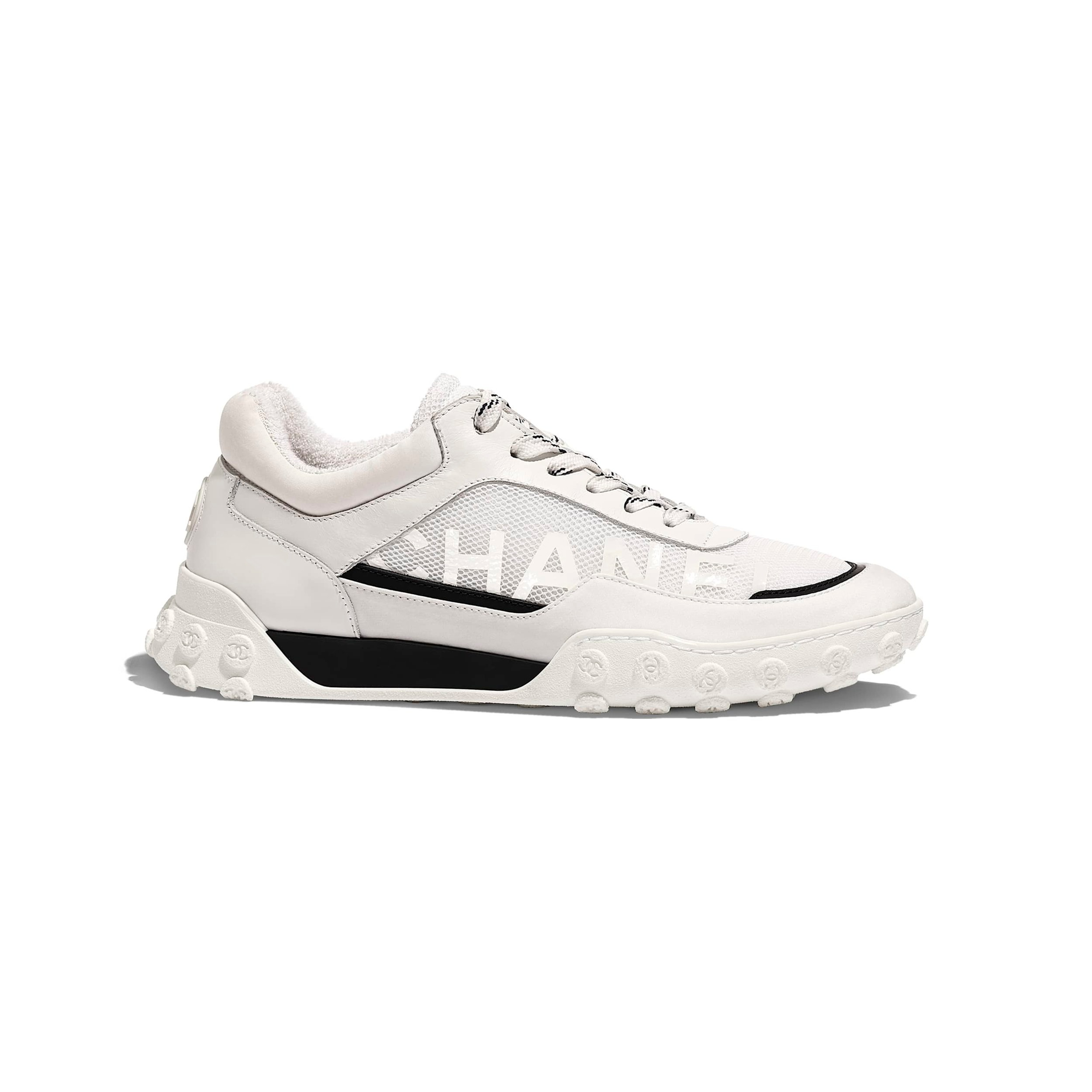 sneakers-white-calfskin-mesh-lycra-calfskin-mesh-lycra-packshot-default-g34086y5152610601-8808862515230.jpg