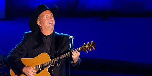 7. Garth Brooks:  Brooks began his career in 1984. After conflicts with his career and family, he announced he was retiring in 2001. Fans were overjoyed when Brooks announced his comeback with a residency at a hotel in Las-Vegas. It is reported that Garth has sold more than 150 million records worldwide and in 2011 had the 2nd best selling solo album of all times (after Elvis Presley), making his spot on our list undisputed. He sits at #7 with a net worth of $150 million.