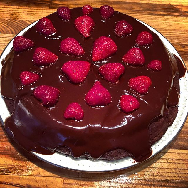 Made a Gluten-free Dark Chocolate cake with local strawberries and chocolate honey ganache for my husband on his first Father's Day! #fathersday #superdad #eatcake #glutenfree #fromscratchwithlove #gratefulheart #firstfathersday #mmmcake