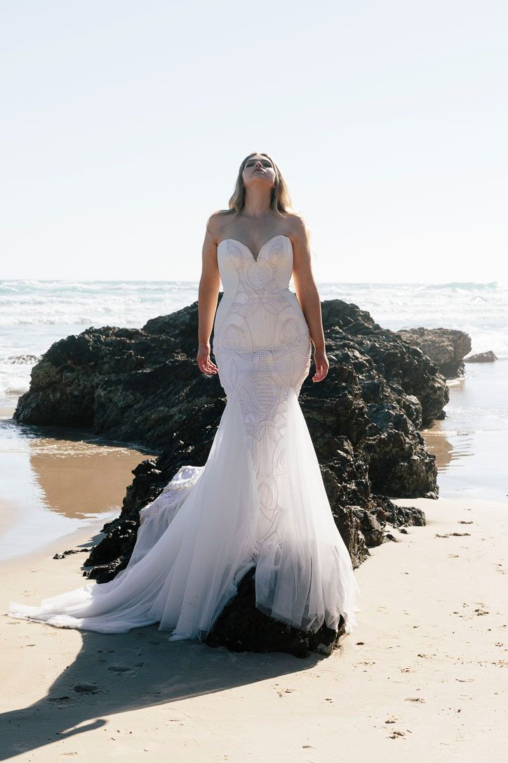 ONE DAY BRIDAL + CHOSEN - CURVE  _ OLIVIA AND THYME _ SS18 _078_preview.jpeg