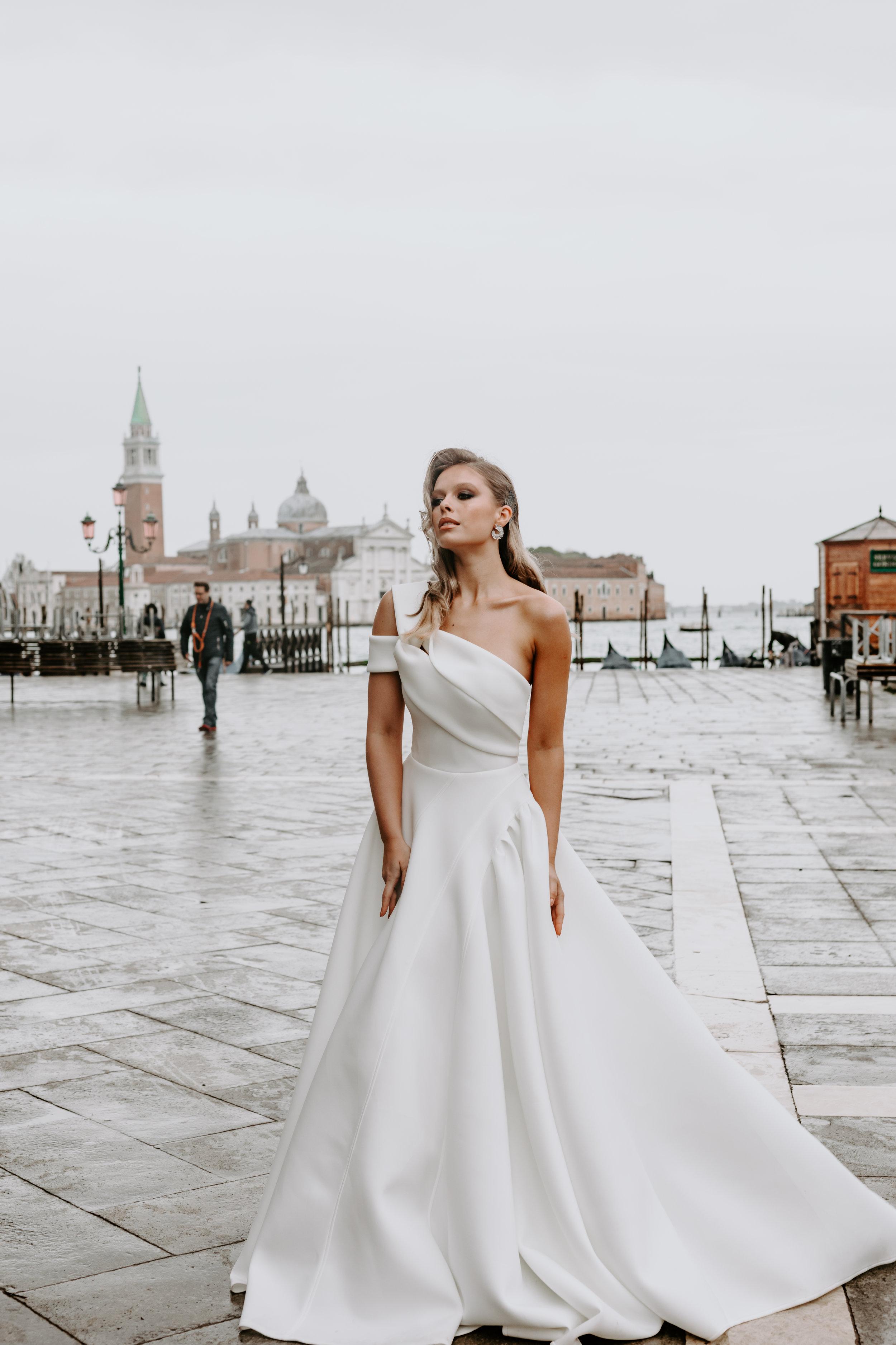 Georgia Young - Melbourne wedding dresses