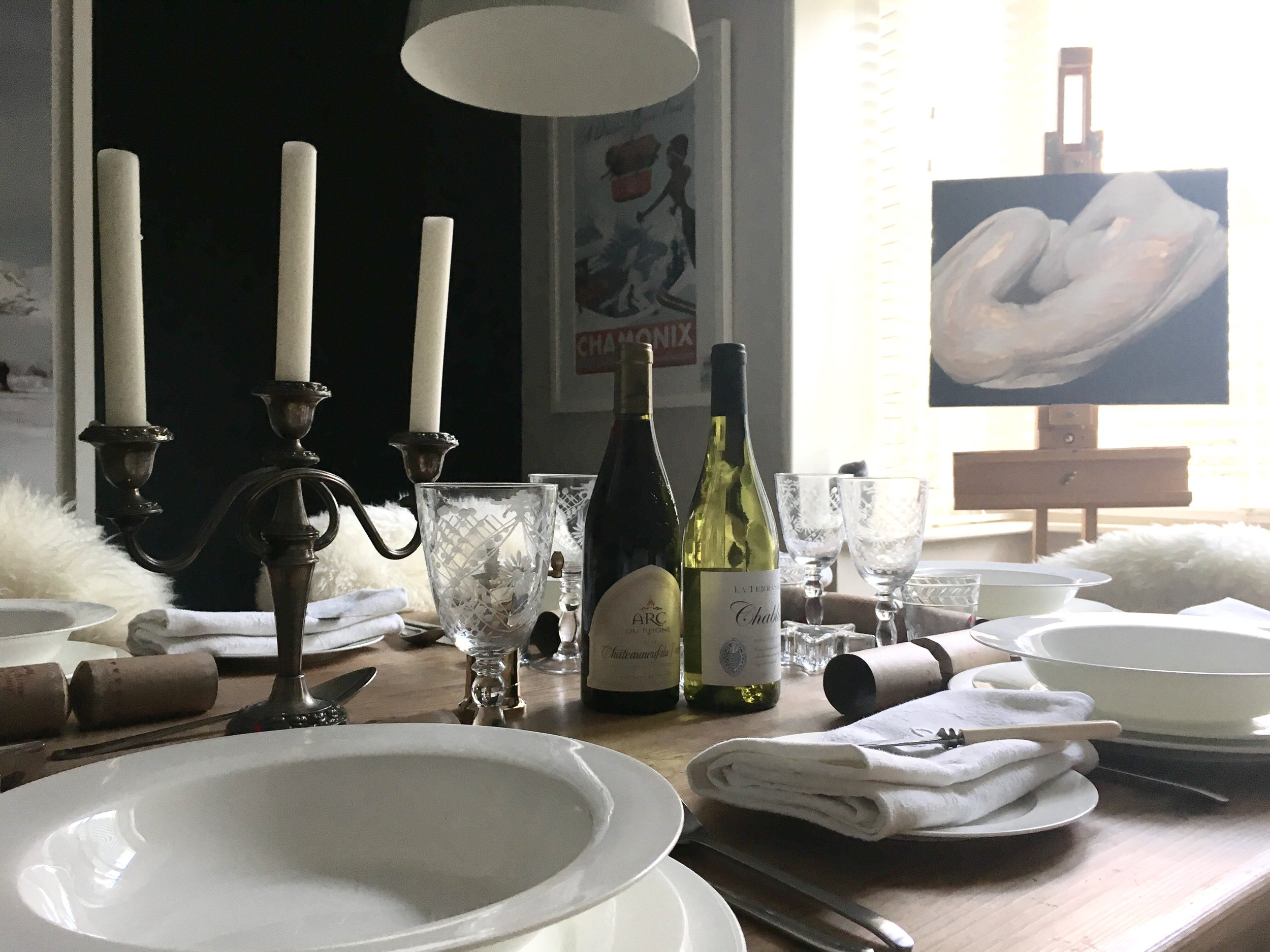 DRESSING OUR CHRISTMAS TABLE - The Grown Up Edit