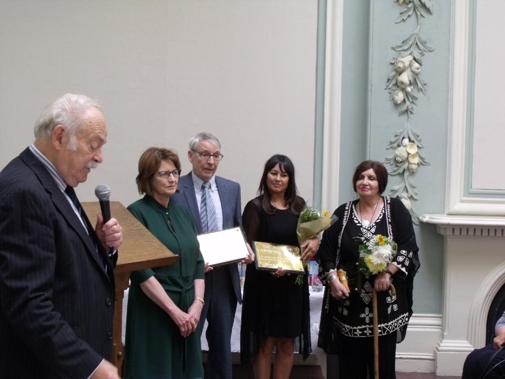 L-R MARTIN DAVIES CHAIR OF THE BOARD; LOUISE ELLMAN MP, BILLY THOMPSON, MARIA JULIENNE, EILEEN HALLIGAN JNR