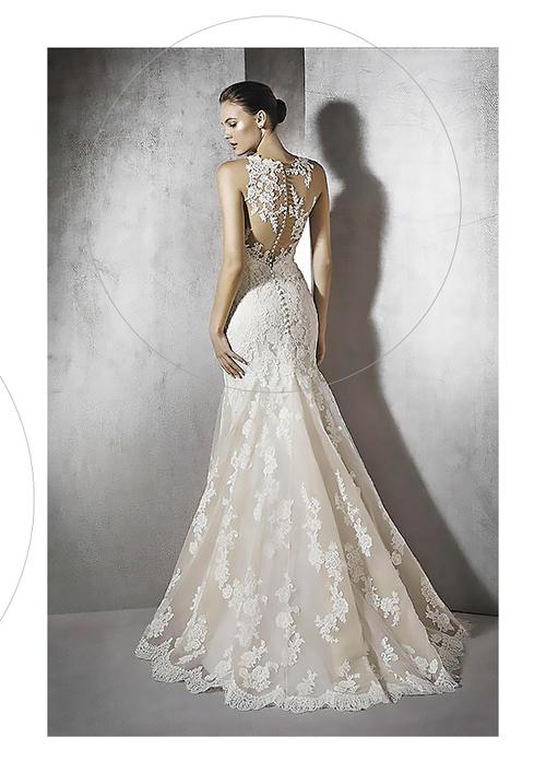 l'atelier+della+sposa+genola+cuneo+piemonte+abiti+sposa,+abiti+sposo+abiti+cerimonia+abiti+matrimonio+langhe+e+roero+(21).jpg
