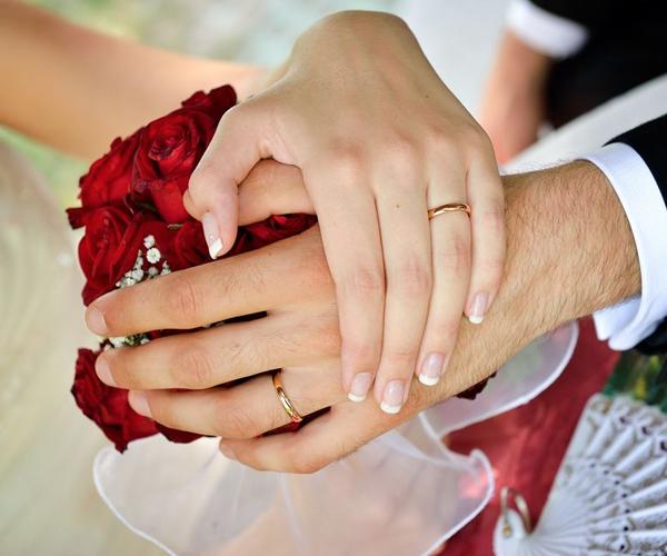 fedi anelli nuziali matrimonio sposi