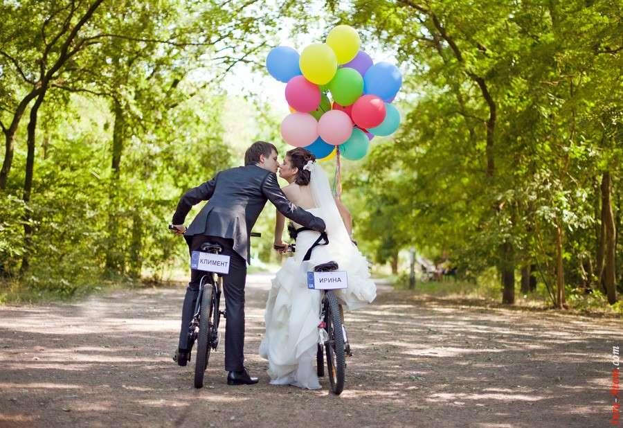 sposi in bici trasporto tendenza 2017 matrimonio tema