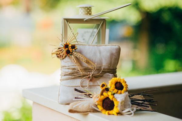 girasoli-e-limoni-per-un-matrimonio-country-chic-caterina-e-leonardo-810-int.jpg