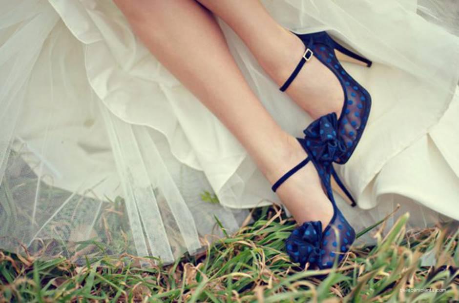 scarpe sopa tradizione oggetto colore blu