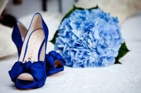 accessoriio elemento oggetto blu matrimonio secondo tradizione