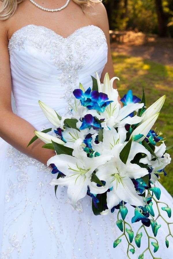 fiori-blu-per-il-matrimonio.jpg