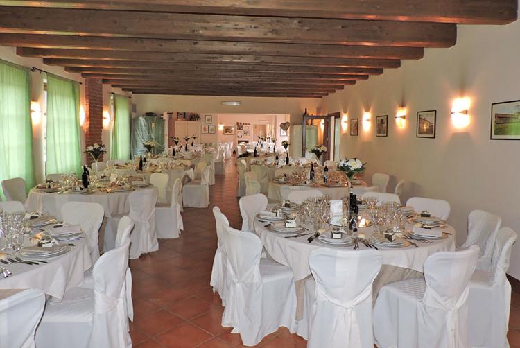 4location matrimonio langhe e roero l'arancera castello racconigi ristorante nozze wedding luxury in langa barolo cherasco catering nozze pocapaglia alba.jpg