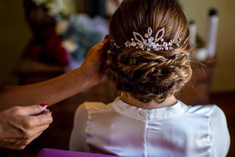 2estetica sposa sposo il tuo benessere bra langhe e roero cura sposi bellezza matrimonio in langa gioconda moschiano acconciatura capelli sposi colore capelli.jpg