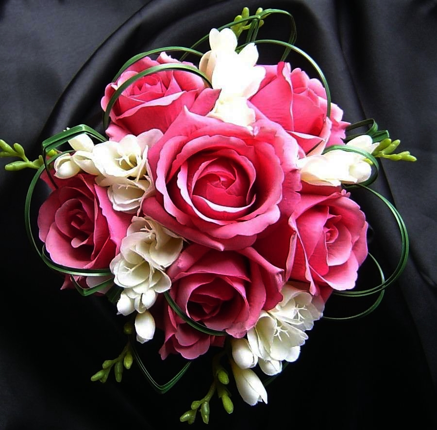 Bouquet Sposa Rose Rosa.Agave Home Wedding Langhe E Roero