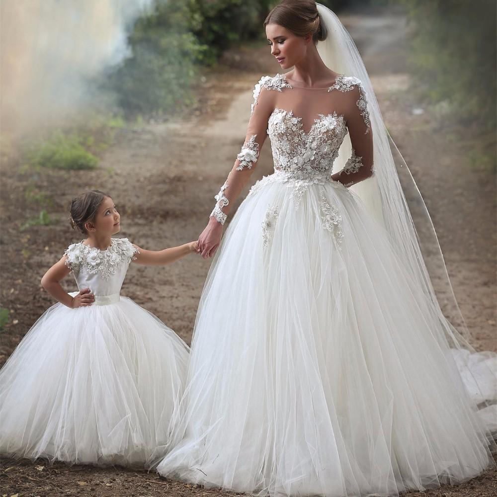 Abiti Da Sposa 800.Il Lungo Viaggio Dell Abito Da Sposa Nella Storia Wedding Langhe