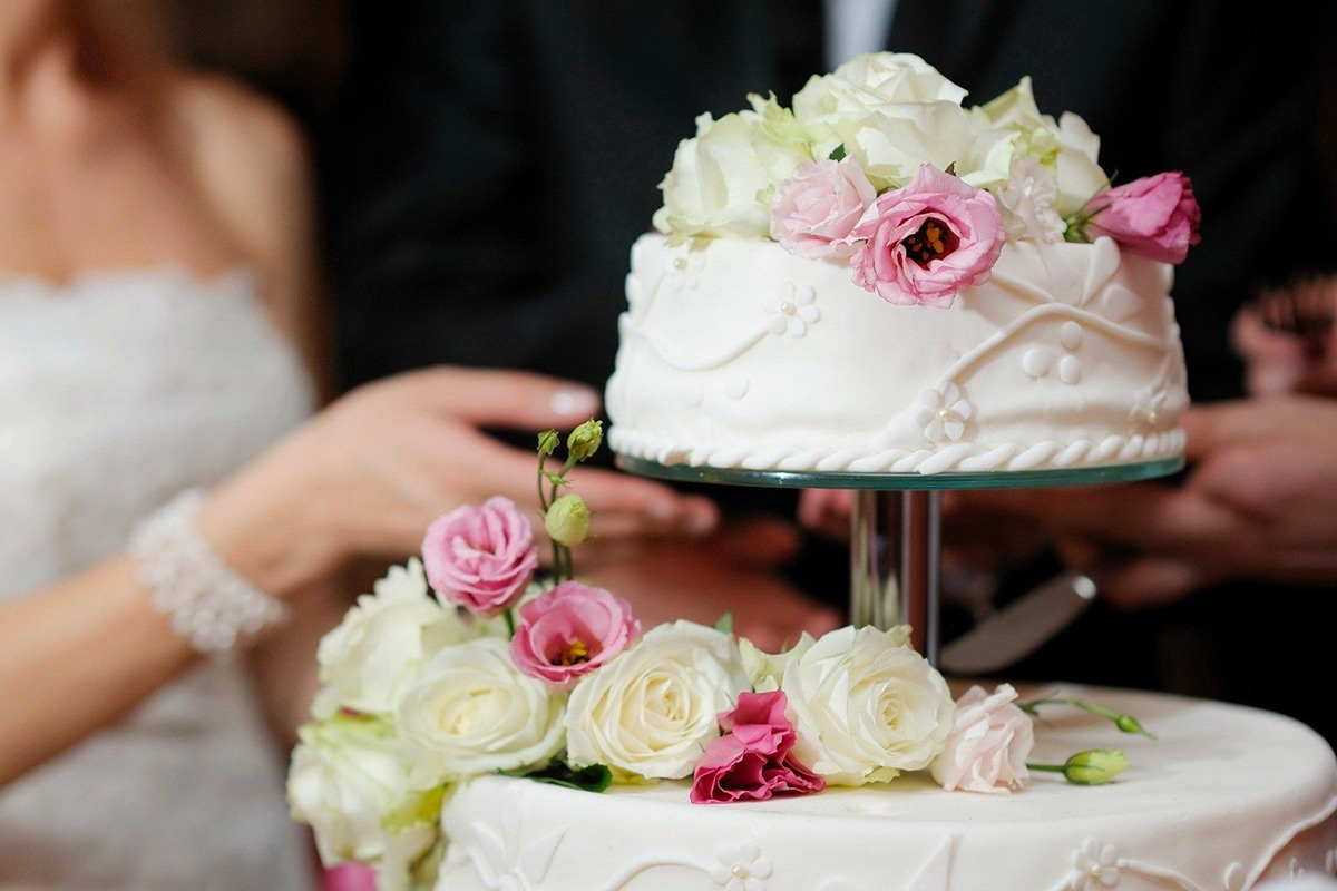 torta-nuziale-torta-matrimonio PIEMONTE PASTICCERIA WEDDING CAKE LANGHE ROERO.jpg