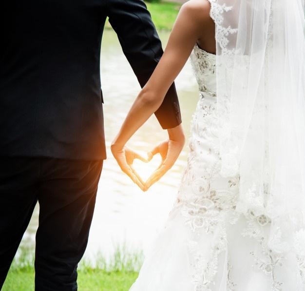 weddinglangheroero abito sposa.jpg