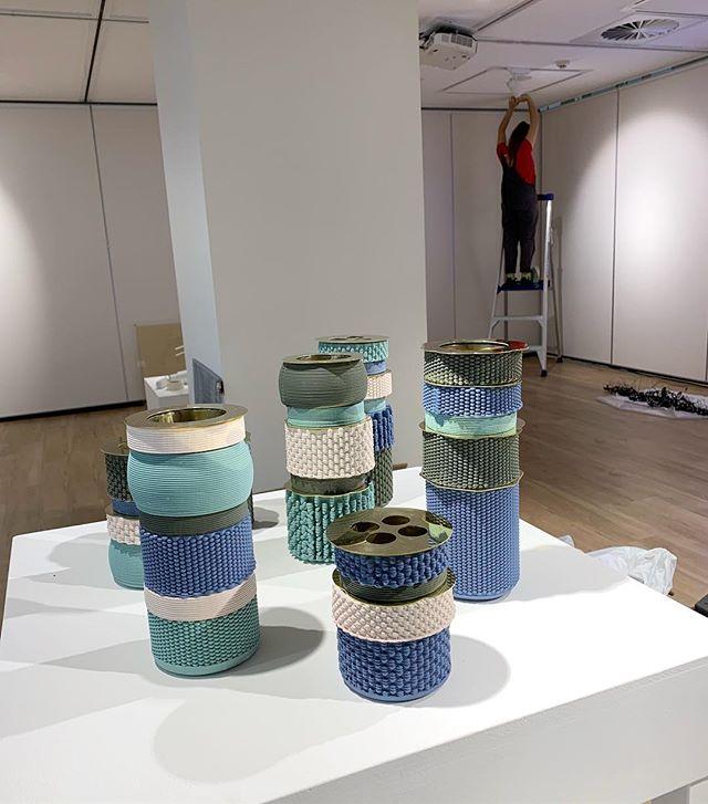 Installing Variations vessels @jpfsydney today as part of the Femufacture exhibition that opens Friday #3dprintedceramics #australiandesign #jpfsydney #femufacture