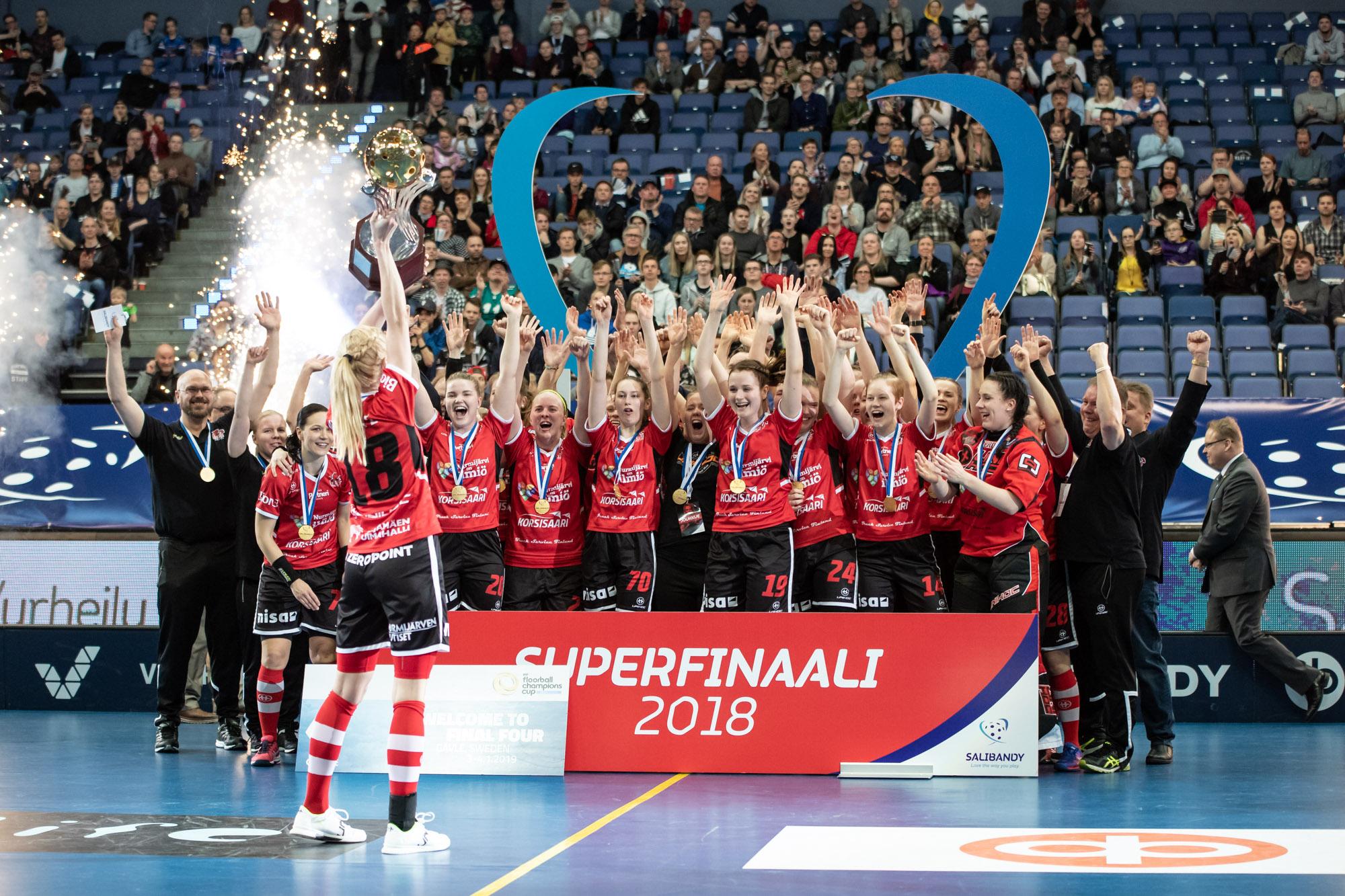 SB-Pro naisten superfinaalin voittaja.