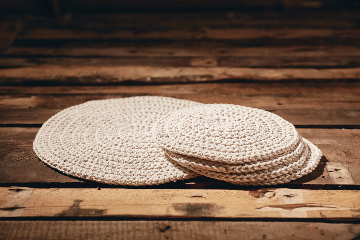 PLACEMATS - SMALL  Recycled Cotton (chunky) Set of 4  Hand-crocheted placemats Approximately 23cm in diameter.