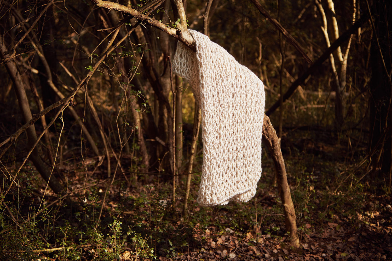 CHUNKY MONKEY BLANKET   Hand knitted using mega-chunky yarn and needles