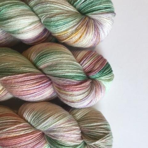 Lichen and Lace Matte Sock.JPG