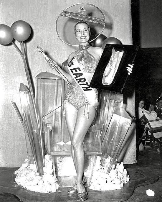 Miss Earth, 1952