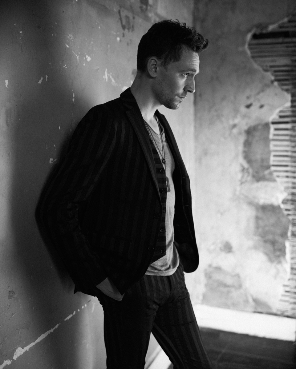 Hiddlestone_Shot02_597_CMYK.jpg