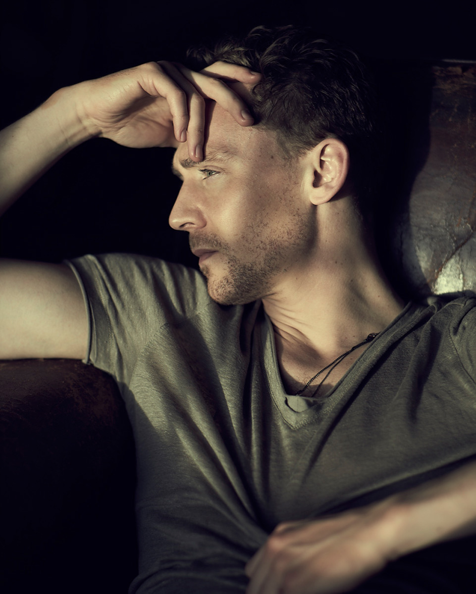 Hiddlestone_Shot02_435.jpg