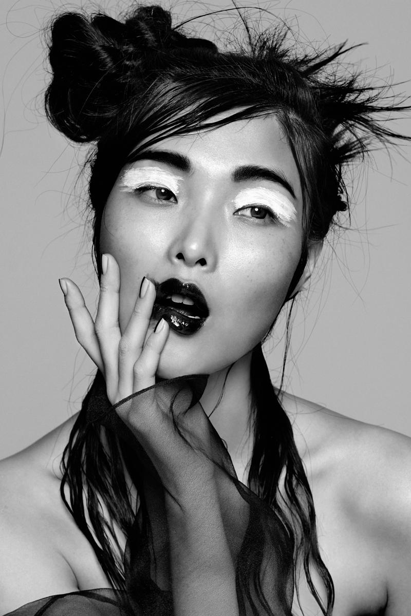 Flaunt_SungHee_06_0177_Bnz_CMYK.jpg