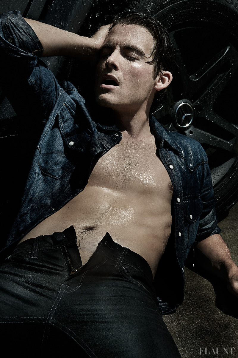 Kevin zegers naked actor rather
