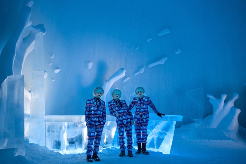 icehotel-25th-annual-icebar-explosion-of-snow-sweden-designboom-05.jpg