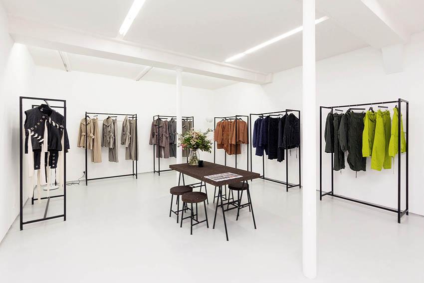 Paris-Showroom_D-ARK-CONCEPT-M16_CRAIG-GREEN_4.jpg