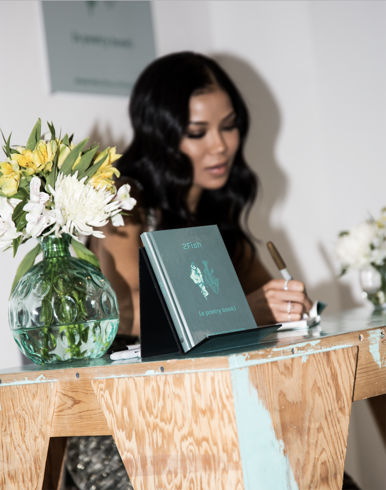 Jhene Aiko, at her  2Fish  book-signing | All photos by Jai Sabree