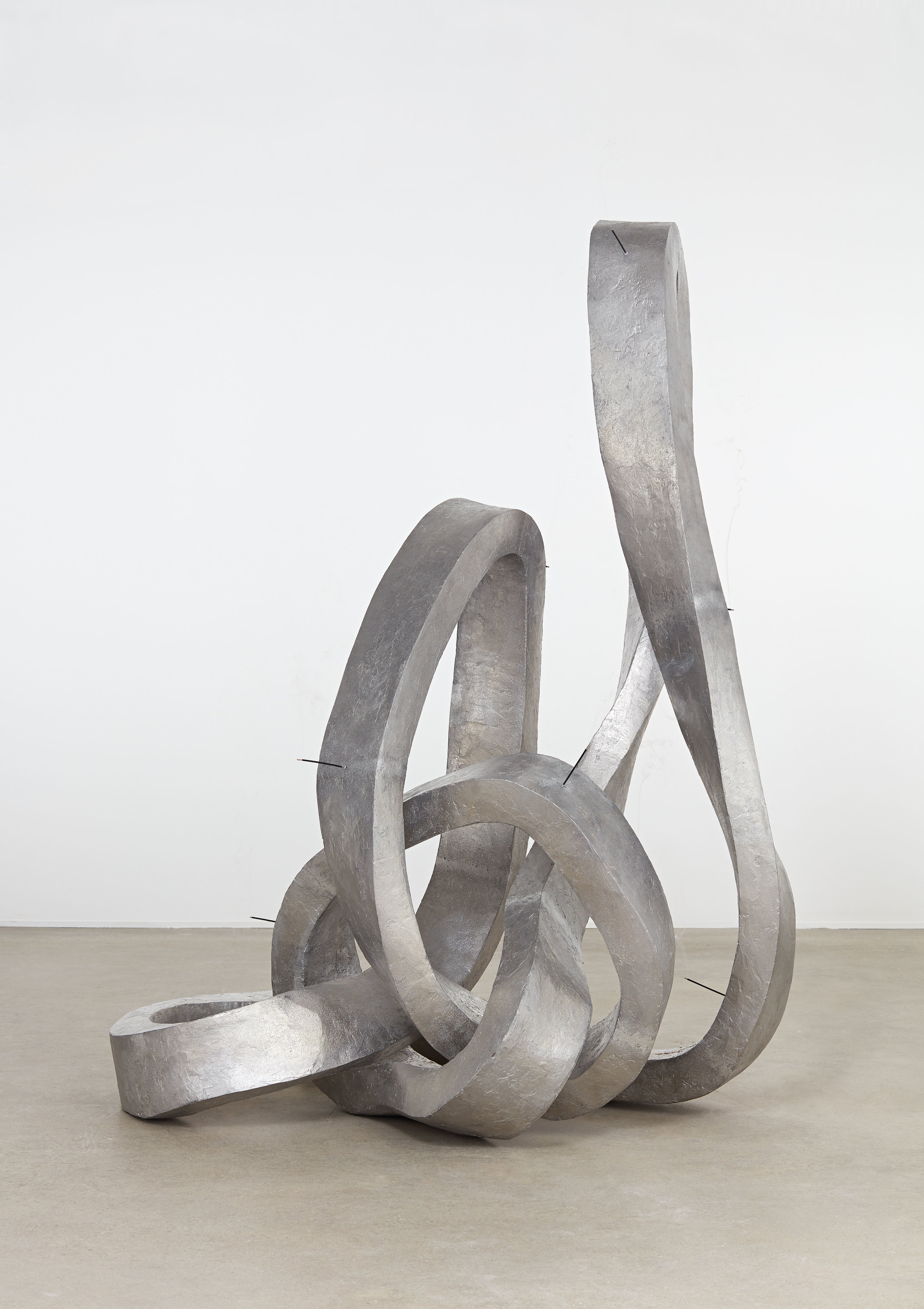 "EVAN HOLLOWAY. ""LOOP WITH 11 INCENSE STICKS"" (2018). CAST ALUMINUM AND INCENSE. 80.75 X 52 X 22IN. IMAGES COURTESY OF THE ARTIST AND DAVID KORDANSKY GALLERY. PHOTO BY LEE THOMPSON."