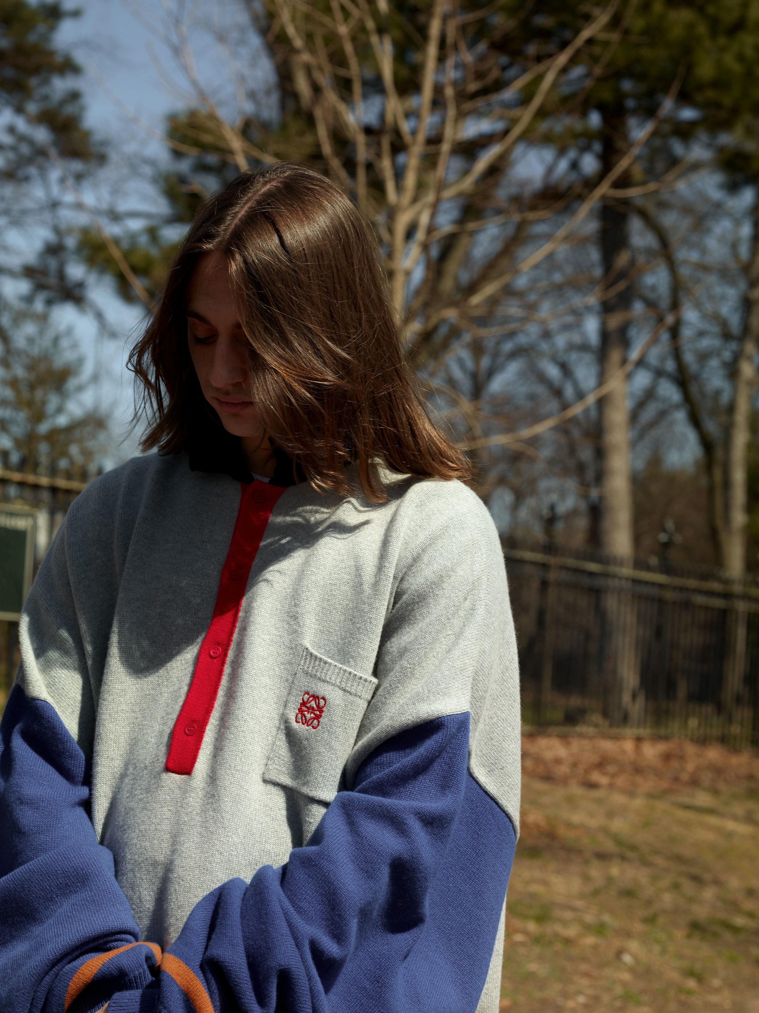 LOEWE     sweater.
