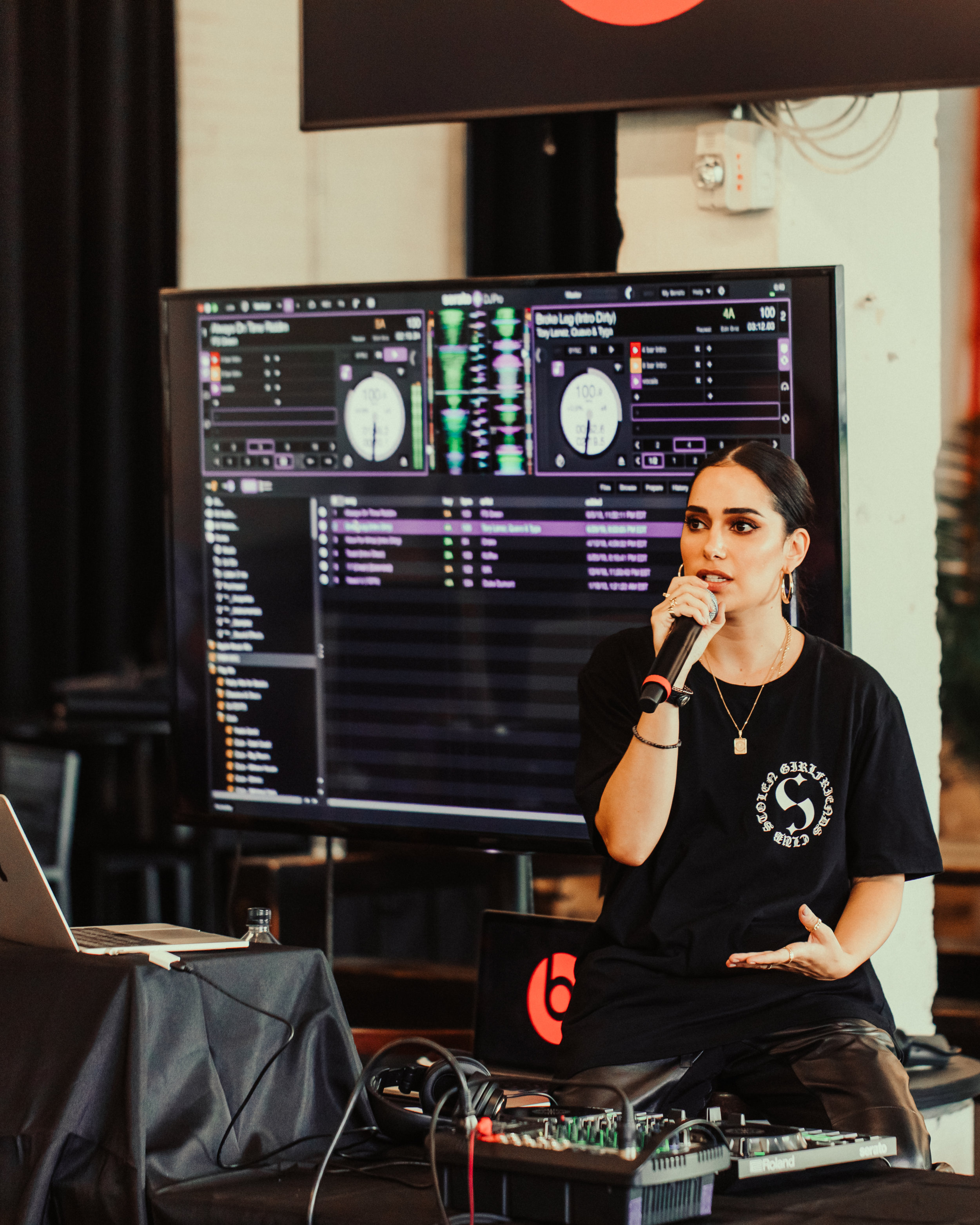 The end of the workshop concluded with a talk that included topics like what to expect to face in the music industry as a female DJ and how to properly prepare and deal with those issues.